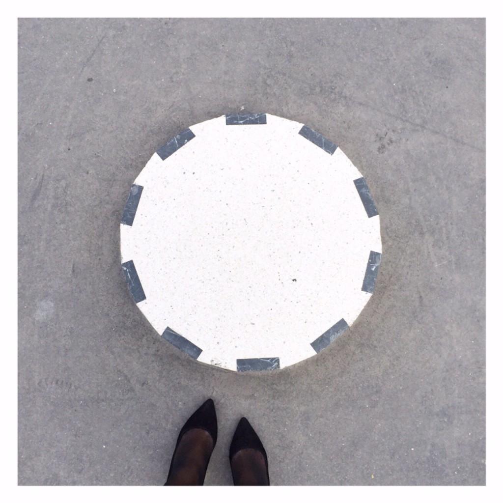 colonnes-de-buren-zoom