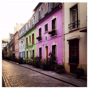 Les maisons colorées de la rue Crémieux