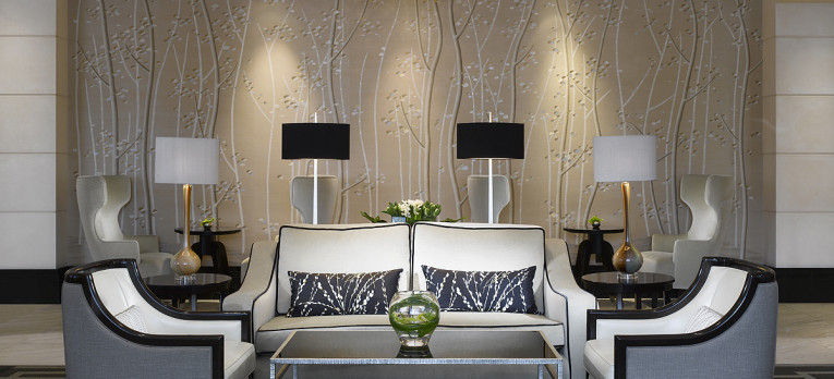 Wellington-Lounge-InterContinental-London-Park-Lane-765x3481-765x348