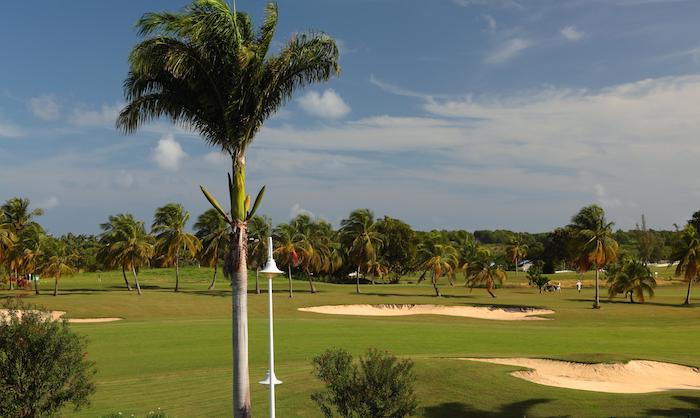 vues-golf05