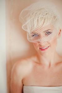 blonde-et-mysterieuse_858_8665